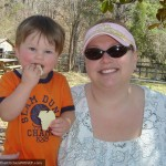 Mommy and Me Monday – Picnic