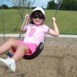 Wordless Wednesday – Swinging