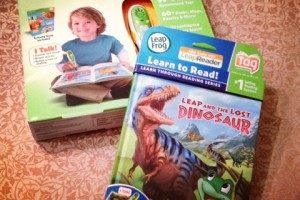 Celebrate LeapFrog Reading Month Pledge and G!veaway #LFReadingMonth