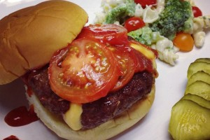 Cheddar Cheese Stuffed Bacon Burgers #SundaySupper Summer BBQ