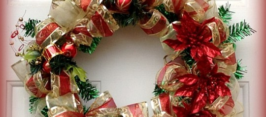 20 Holiday Wreaths to Decorate Your Home