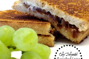 Cafe Zinfandel Caramelized Onion Grilled Cheese #SundaySupper