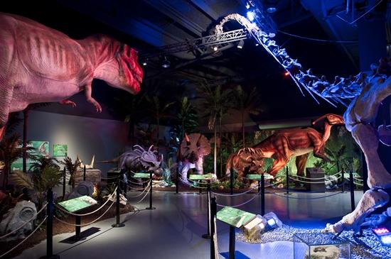 Extreme Dinosaurs Exhibit Opens Atlantic Station #ExtremeDinos www.InTheKitchenWithKP 3