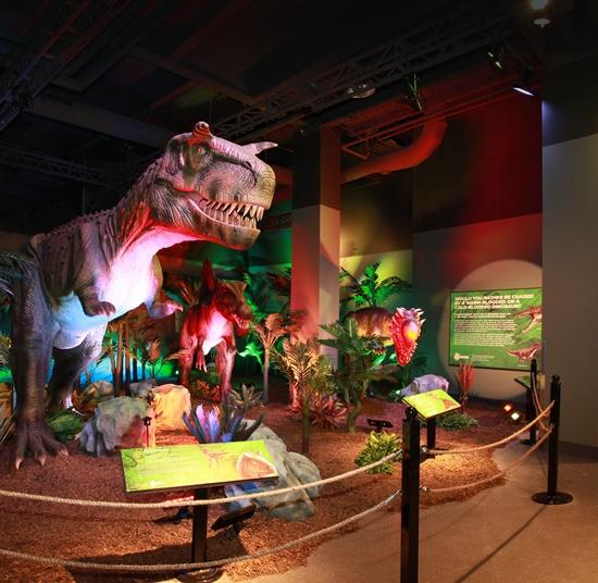 Extreme Dinosaurs Exhibit Opens Atlantic Station #ExtremeDinos www.InTheKitchenWithKP 4