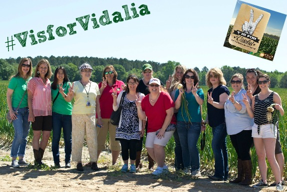 #VisforVidalia Group Photo of awesome www.InTheKitchenWithKP Photo Cred www.CooktheStory