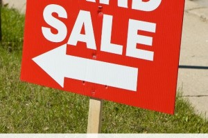 How To Organize a Yard Sale for Success
