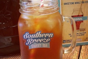 Kick Back, Relax and Enjoy Perfect Sweet Tea in Minutes #SouthernBreezeSweetTea #ad
