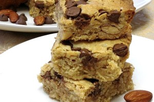 Triple Nut and Chocolate Chip Oatmeal Bars