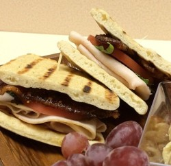Back to School Lunch Idea Praline Bacon and Turkey Club www#HillshireNaturals slider