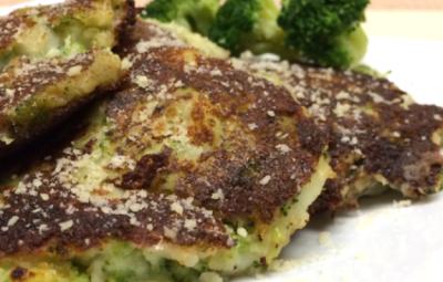 Broccoli and Parmesan Potato Pancakes #Recipe www.InTheKitchenWithKP ...