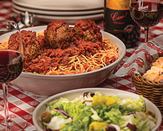 Buca di Beppo Holiday Catering slider