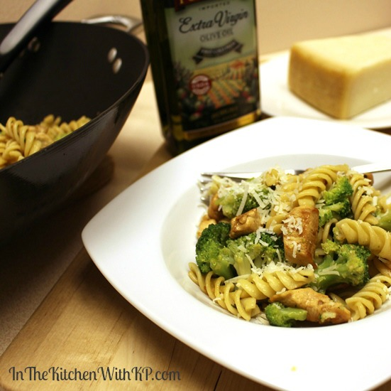 Garlic and Olive Oil Chicken Broccoli Pasta recipe www.InTheKitchenWithKP 5