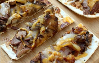 Flank Steak and Caramelized Onion Flatbread Recipe www.InTheKitchenWithKP slider