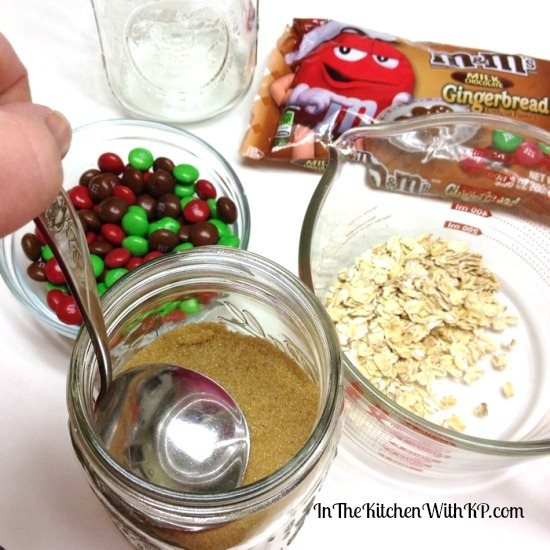 Gingerbread M&Ms and Oatmeal Cookie Mix in a Jar #HolidayMM #shop 3