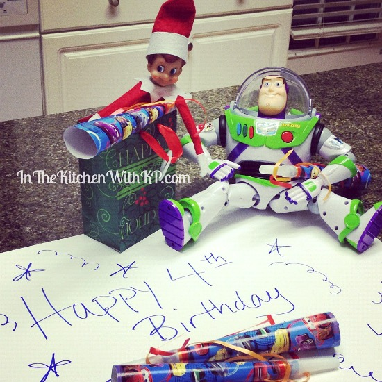 Elfie Wishes Happy Birthday #ElfontheShelf www.InTheKitchenWithKP