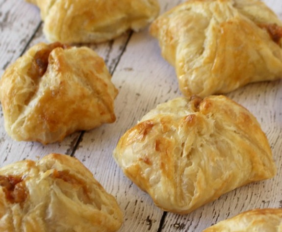 Baked Queso Empanadas In Minutes With Pepperidge Farm Puff Pastry In The Kitchen With Kp