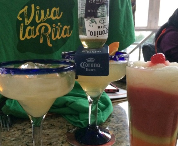 Celebrate Viva La Rita at Bahama Breeze | In The Kitchen With KP | Girls Night Out Ideas